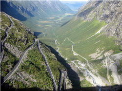 FULL DAY TO TROLLSTIGEN
